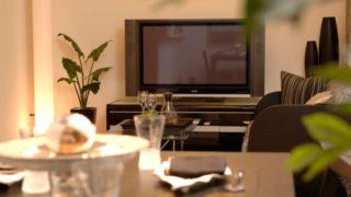 テレビ台が低いと見にくい!椅子・ソファに座ってちょうど良い高さのテレビ台