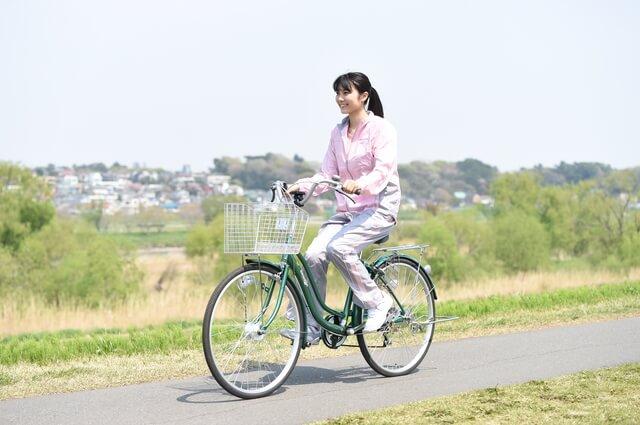 自転車のパンクを10秒で修理