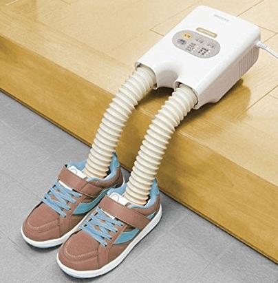 「脱臭くつ乾燥機カラリエ」はタイマーで靴を乾燥